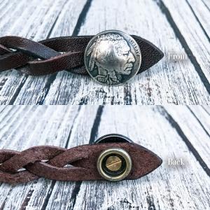 コイン部分はジャンパーホックになっており、脱着しやすいようにしております。